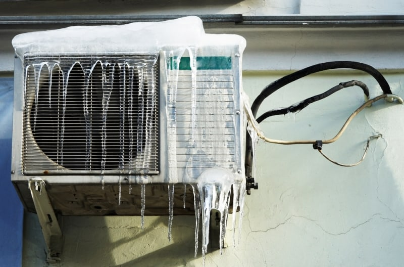 what causes an air conditioner to ice up